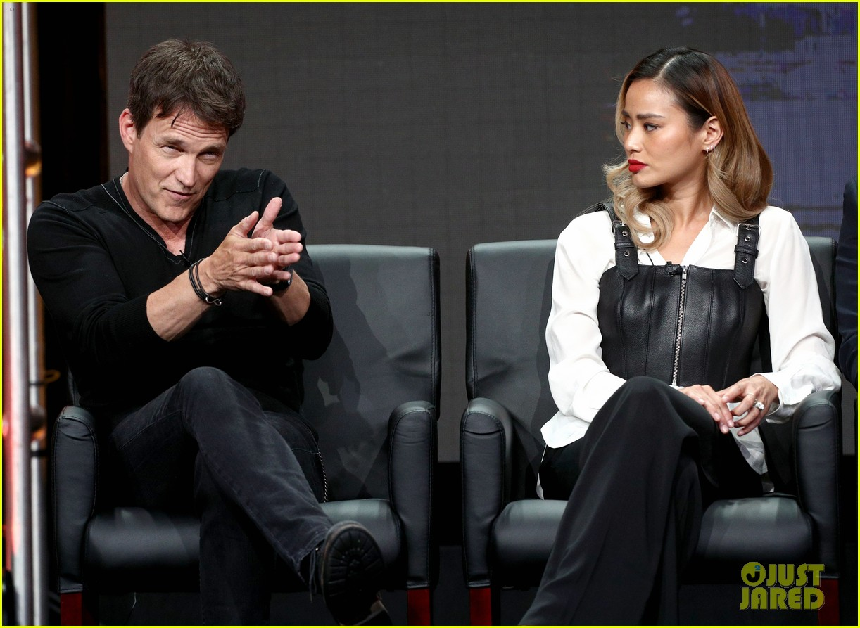 stephen moyer jamie chung are the gifted at fox tca summer 283940210