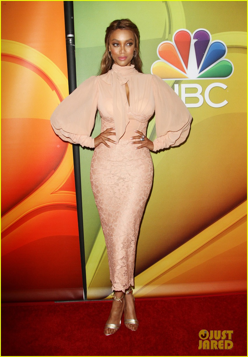 nbc stars step out in full force for networks tca panel 013937578