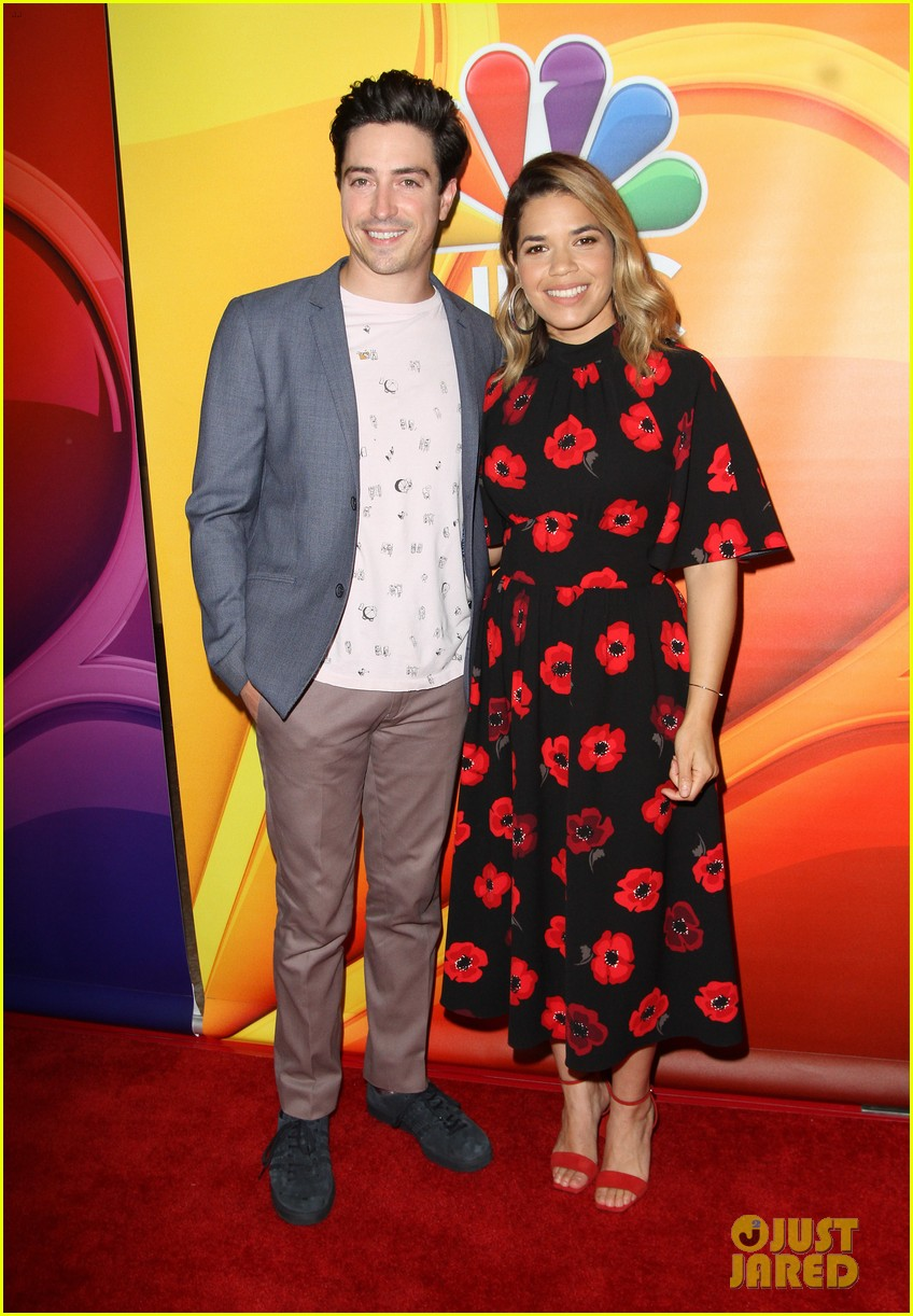 nbc stars step out in full force for networks tca panel 033937580
