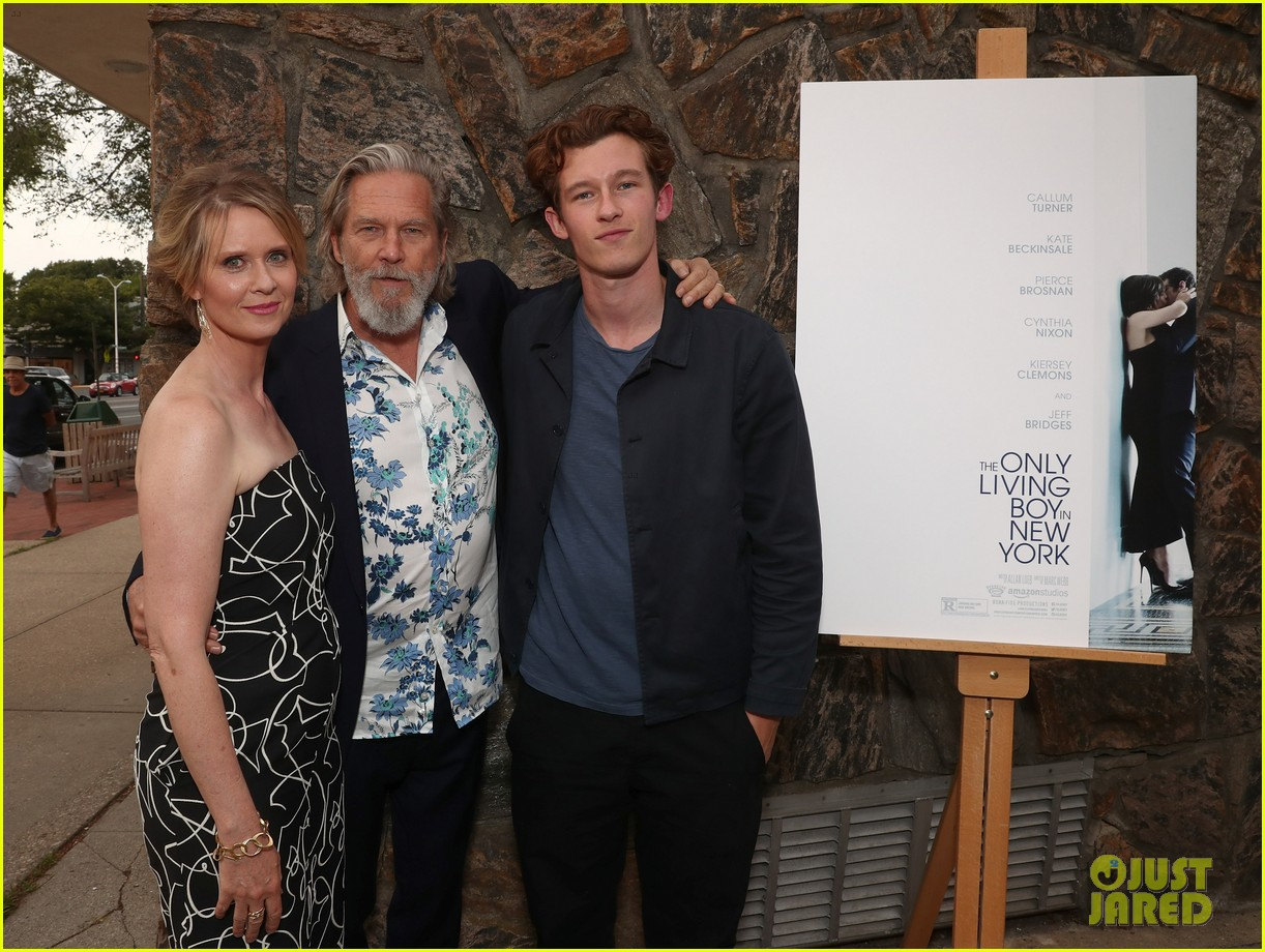 cynthia nixon jeff bridges get together for the only living boy in new york hamptons 023938676