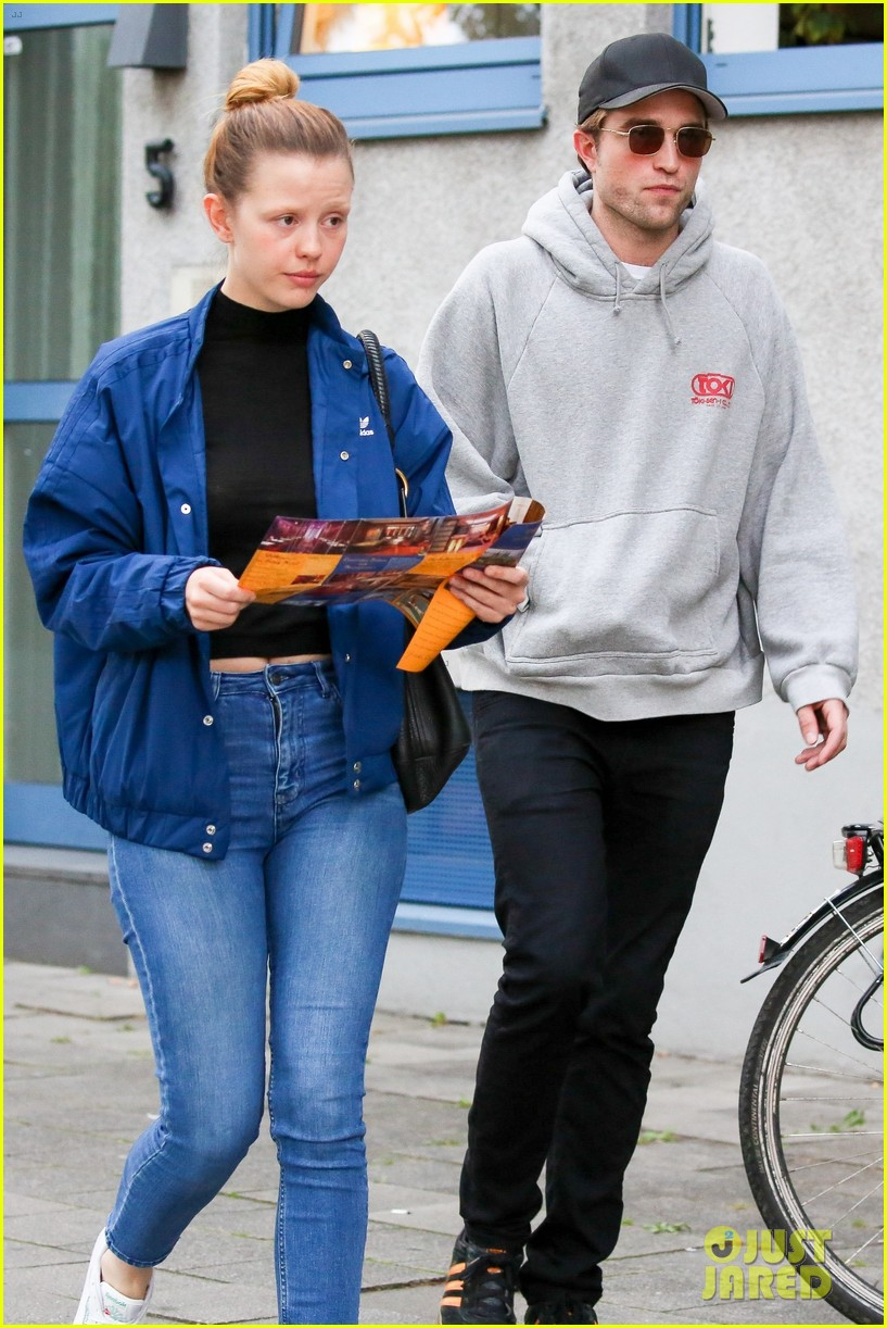 robert pattinson hangs out with co star mia goth in germany 053944509