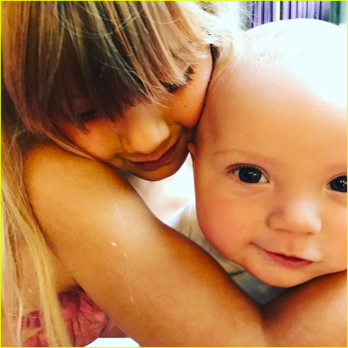 see pinks adorable photos of her kids willow jameson 053946369