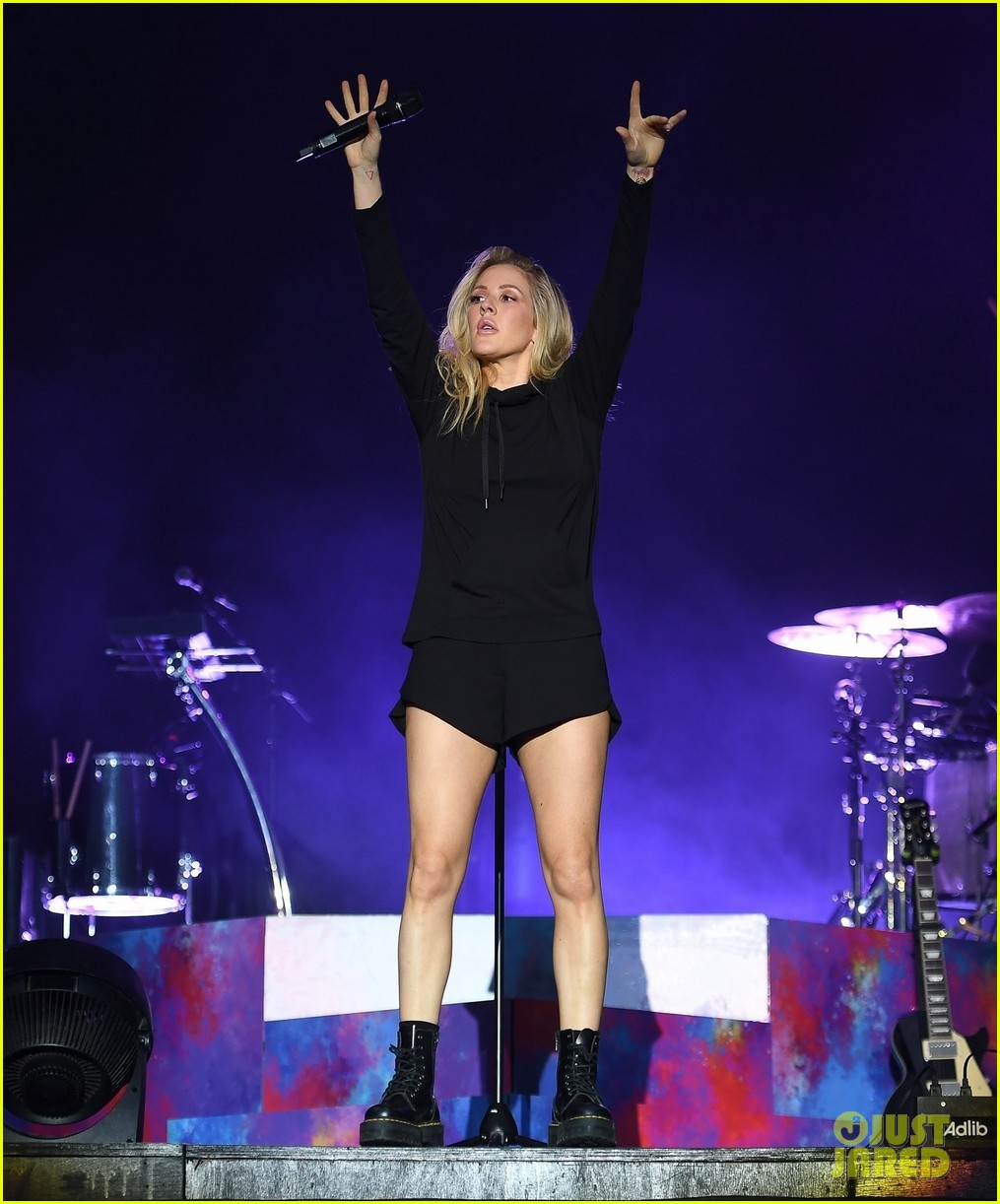 pink james arthur ellie goulding more hit the stage at v festival 043943959
