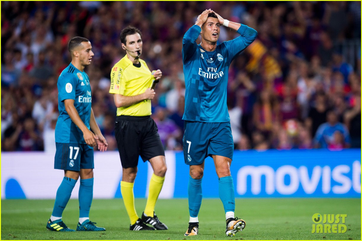 cristiano ronaldo suspended for five games after pushing ref 013941694
