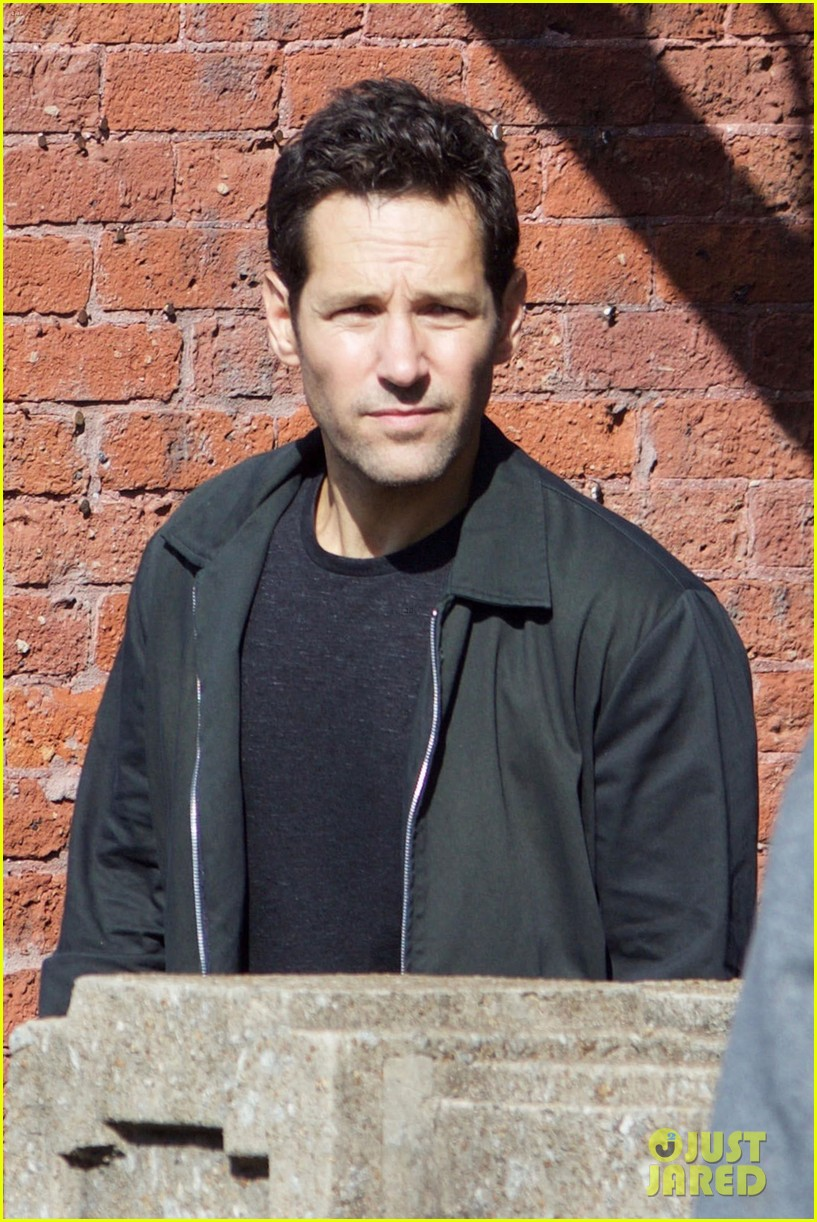 paul rudd spotted on ant man and the wasp set with evangeline lilly 023940937