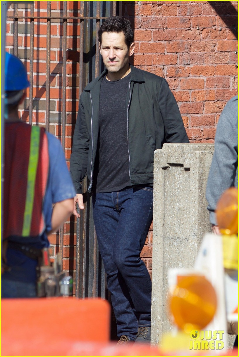 paul rudd spotted on ant man and the wasp set with evangeline lilly 053940940