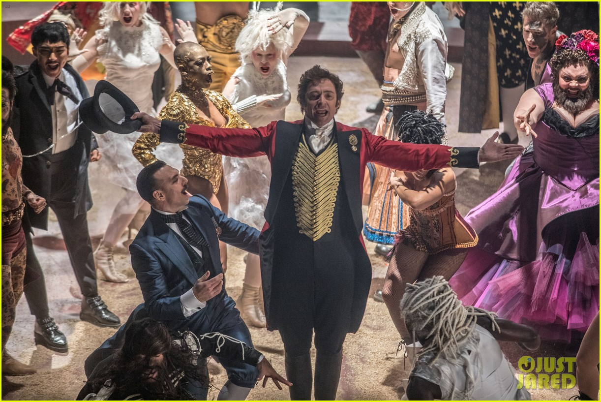 the greatest showman official poster 043947763