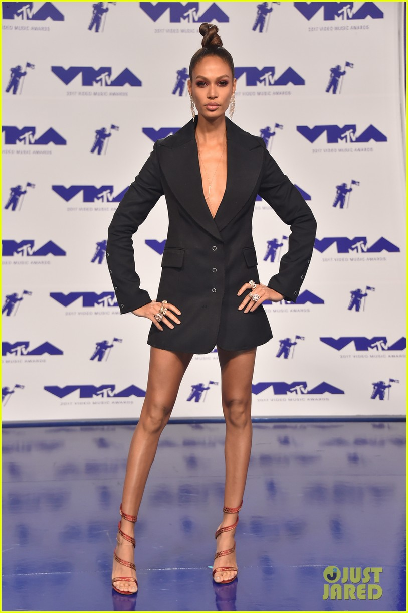Paparazzi Joan Smalls nude (95 foto and video), Topless, Fappening, Instagram, cleavage 2019