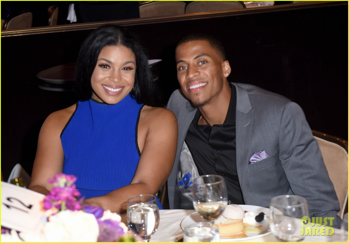 jordin sparks makes first red carpet appearance with boyfriend dana isaiah 023941084