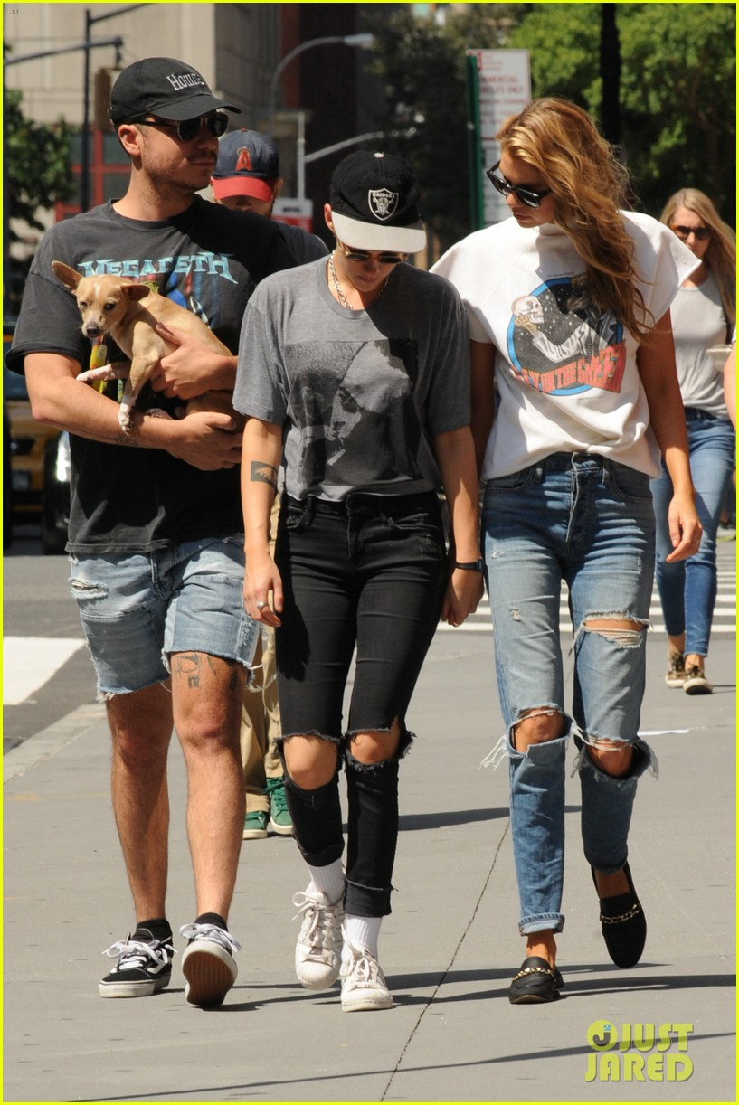 kristen stewart and stella maxwell hold hands for nyc outing 083948657