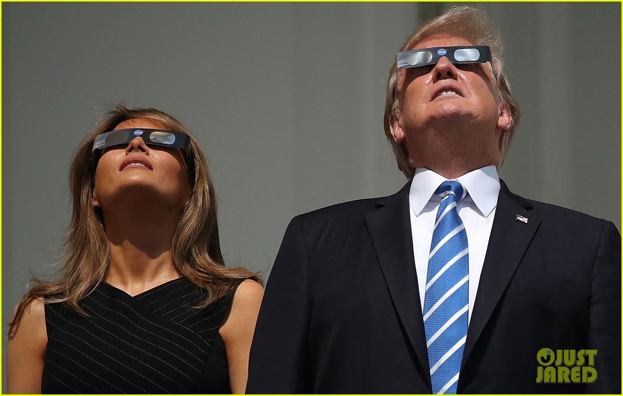 trump eclipse 013944137