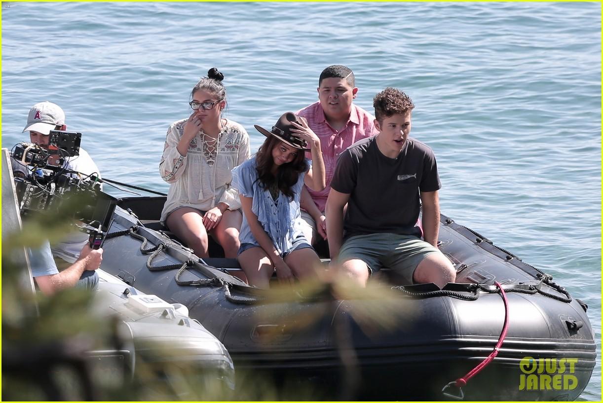 sofia vergara modern family hit lake tahoe for season 8 premiere episode 033947705