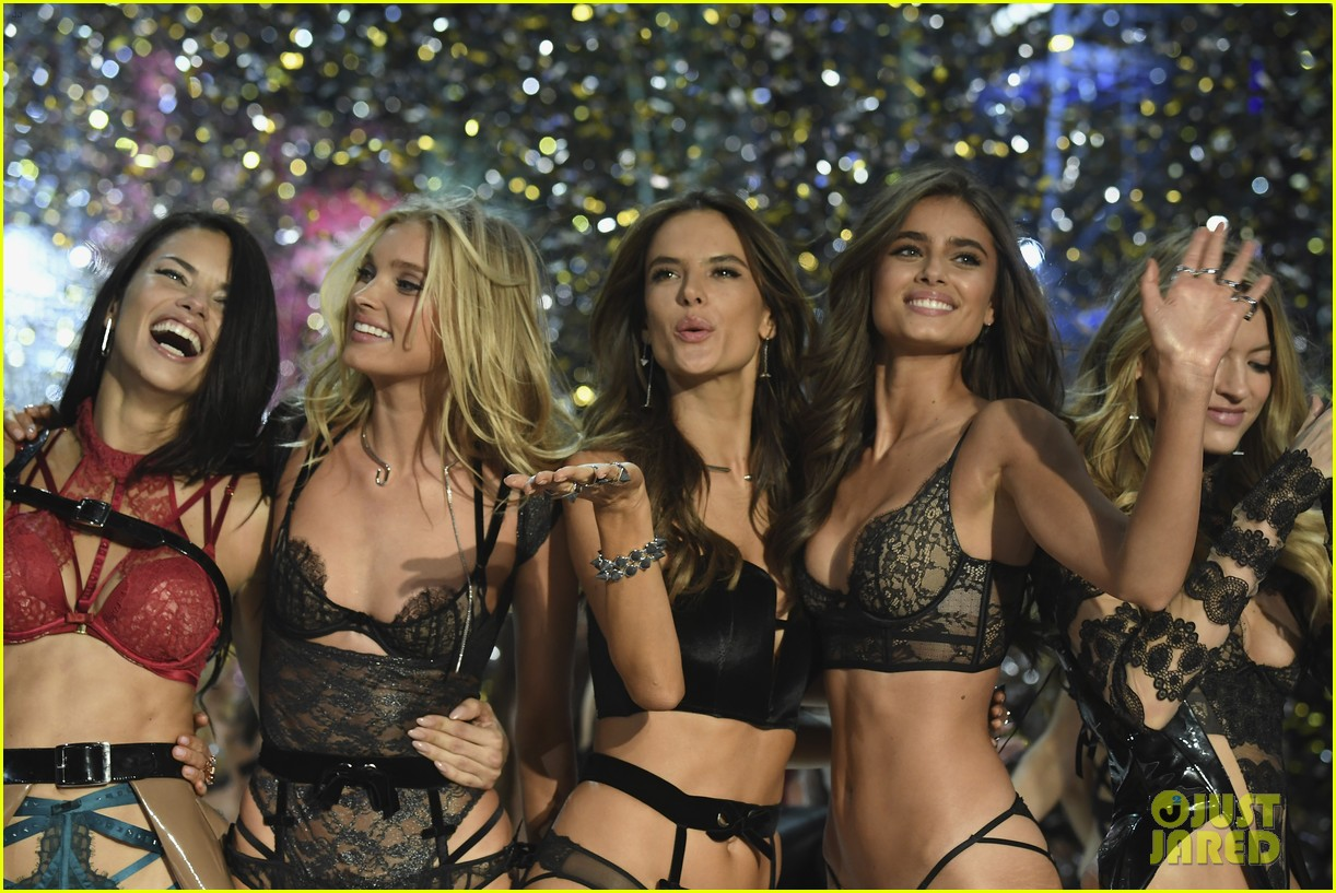 victorias secret fashion show 2017 043947714