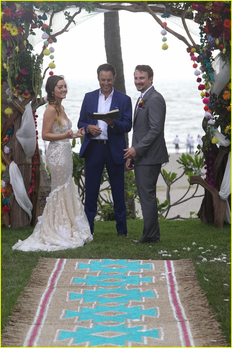 carly waddell evan bass wedding pics bachelor in paradise 013942340