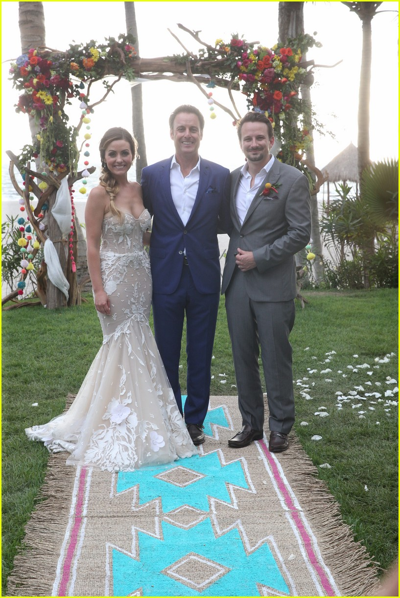 carly waddell evan bass wedding pics bachelor in paradise 053942344