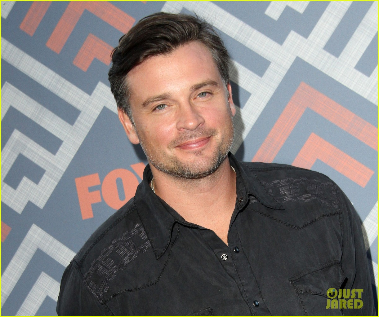 Tom Welling - Tom's Picture Thread #24: Now he's finally ...