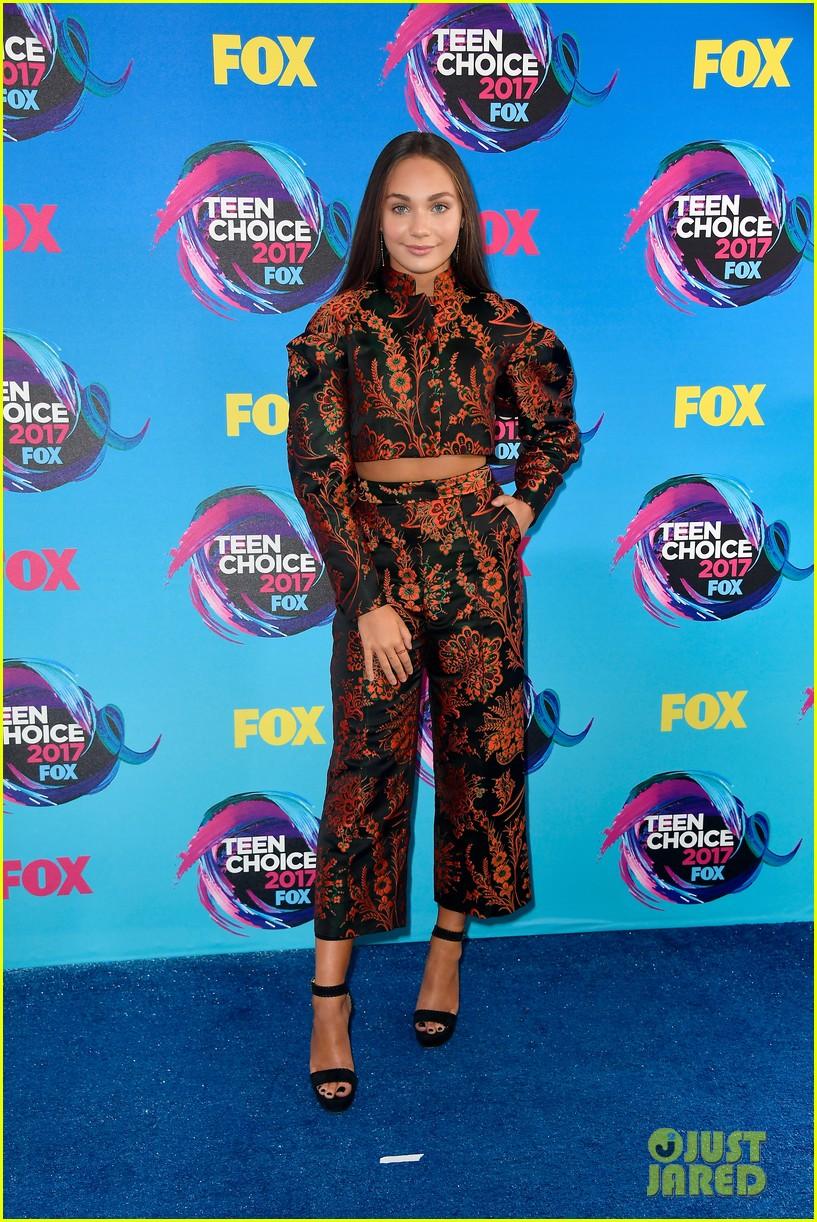 Maddie Ziegler Wins Choice Dancer At Teen Choice Awards
