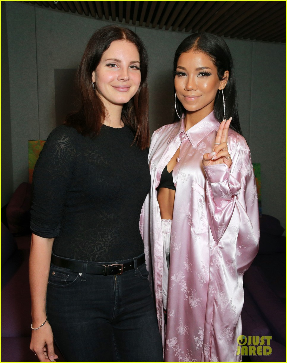 lana del rey jhene aiko unite after announcing la to the moon tour 013966122
