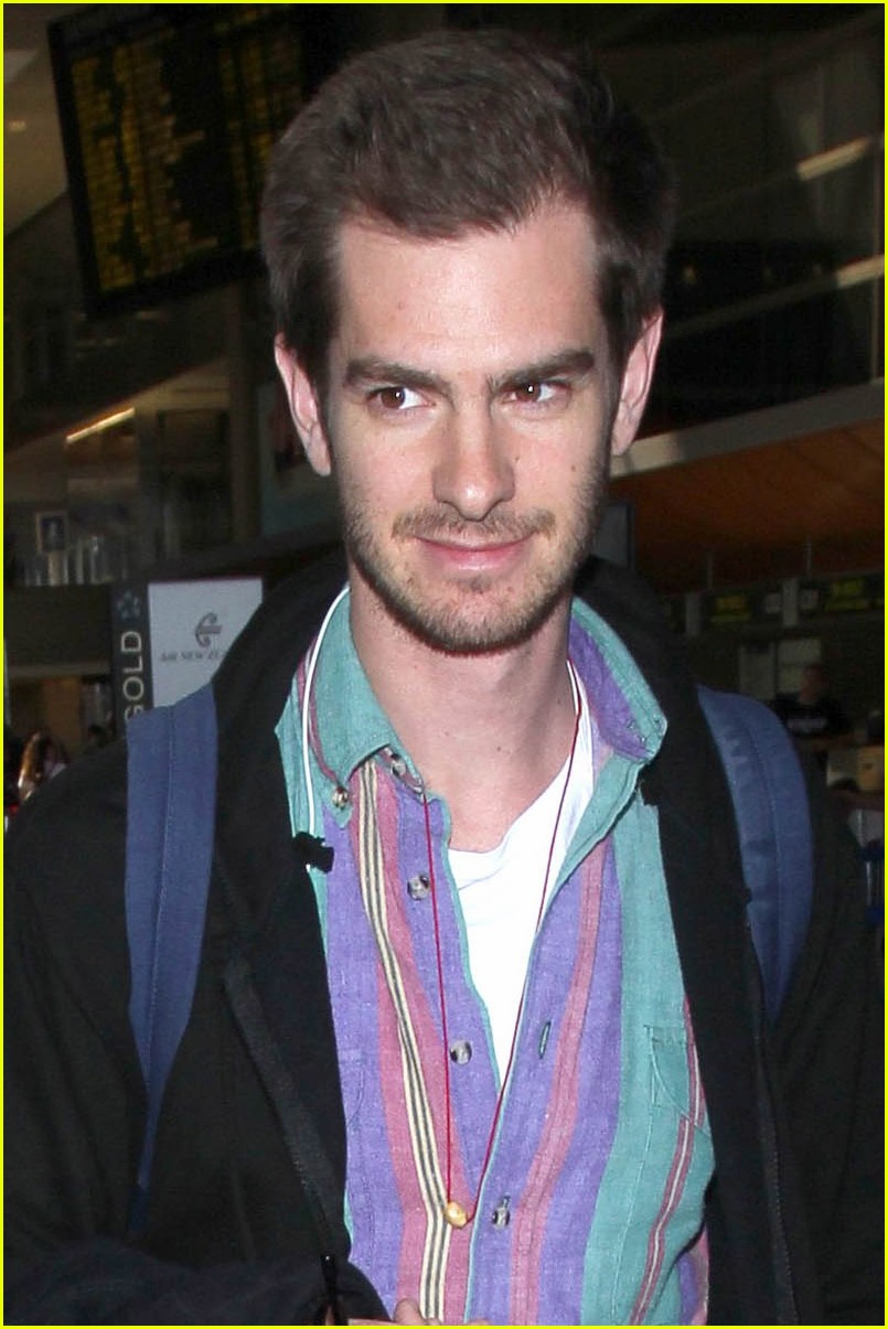 andrew garfield colorful at lax 083960630