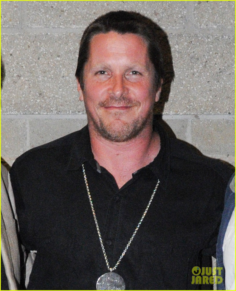 christian bale sports fuller figure as he preps to play dick cheney 083950131