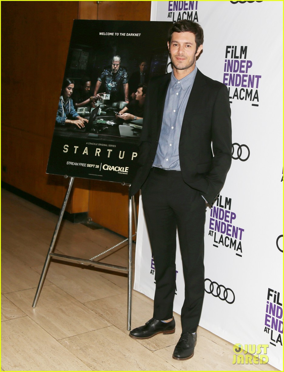 adam brody is ok with always being known as the o c s seth cohen 043966093