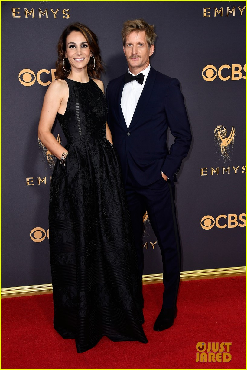 house of cards joel kinnaman neve campbell and paul soarks team up for emmys 2017 053959561