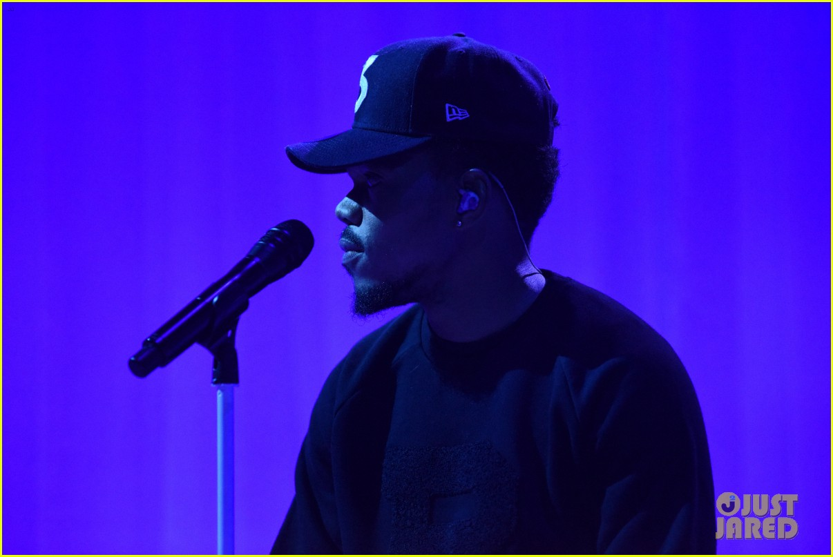 chance the rapper debuts new unreleased song on the late show 013964770