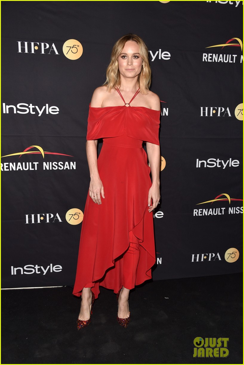 jessica chastain brie larson tiff hfpa gala 033954055