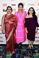priyanka chopra is joined by her mom at tiff premiere of pahuna 09