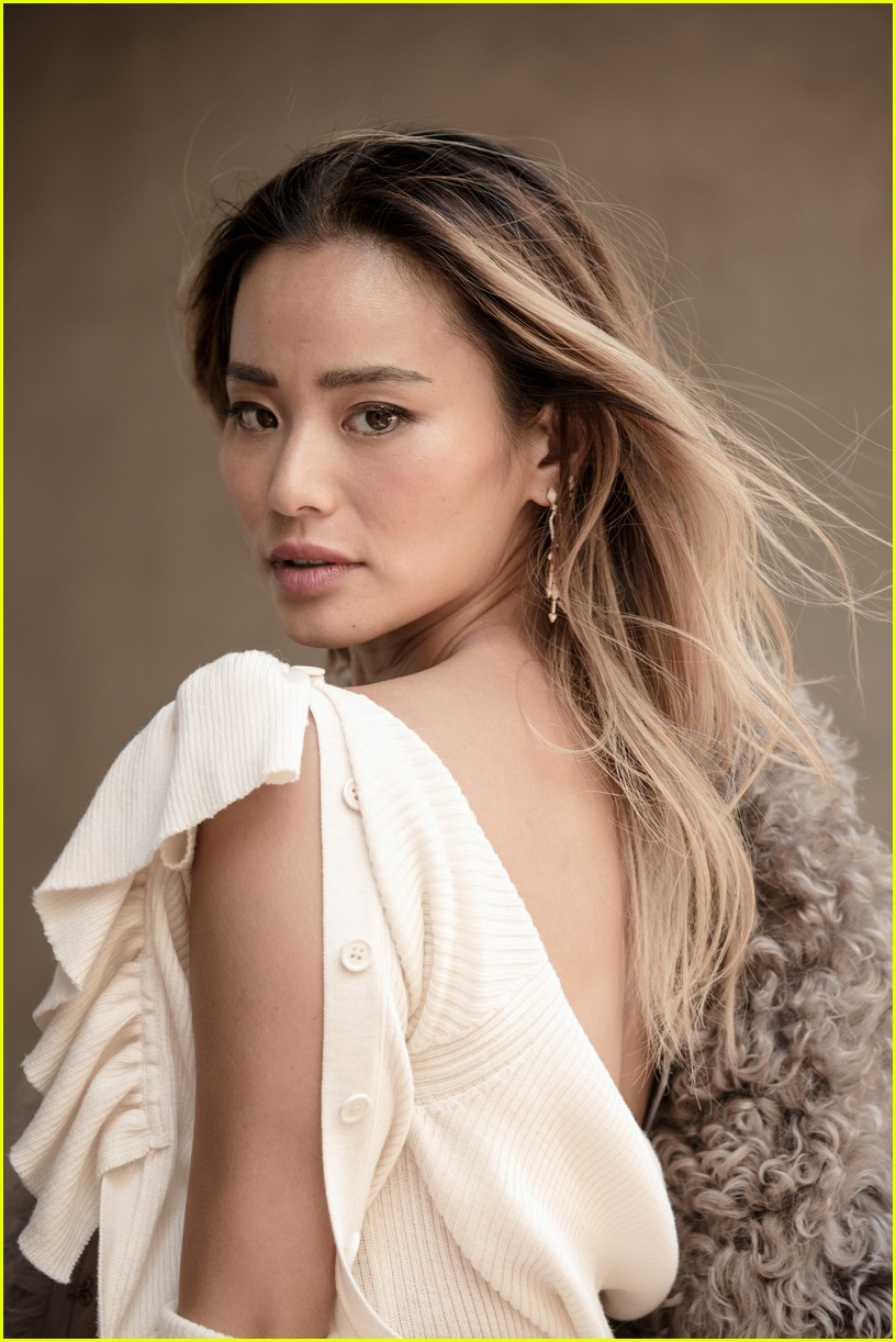 jamie chung talks new show the gifted and social media success 013965404