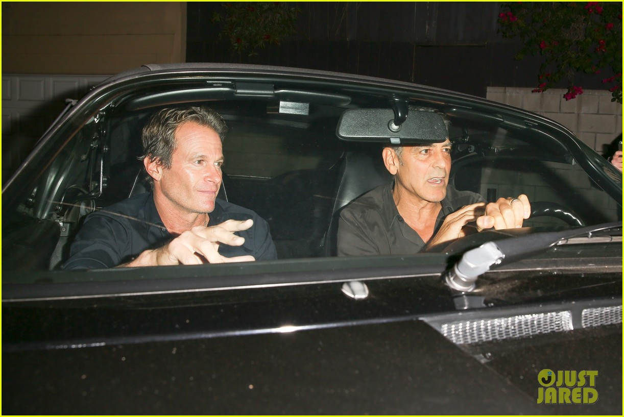 george clooney flahses his pearly whites during guys night out with rande gerber 013958886