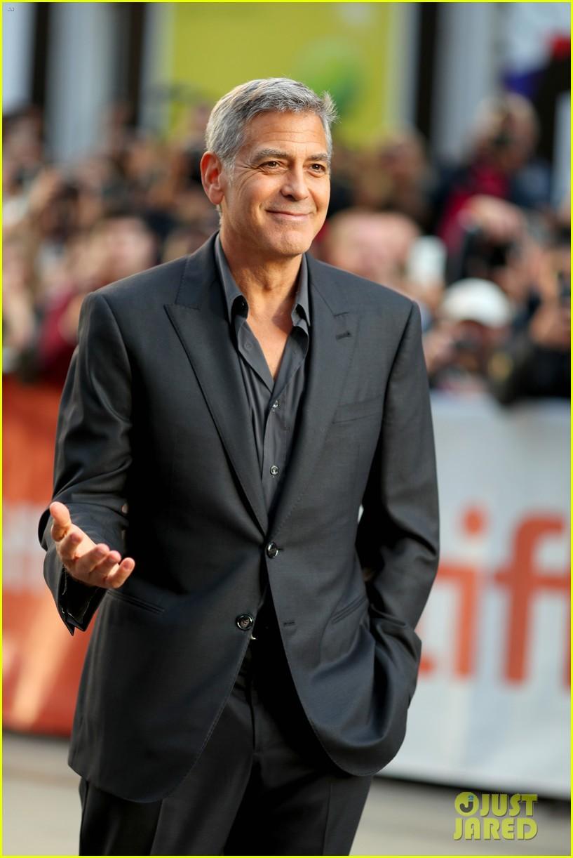 George Clooney & Julianne Moore Bring 'Suburbicon' to TIFF ...