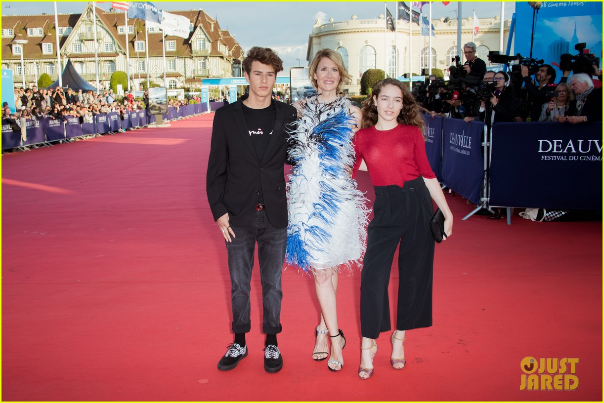 laura dern walks the red carpet in deauville with her kids 033949293