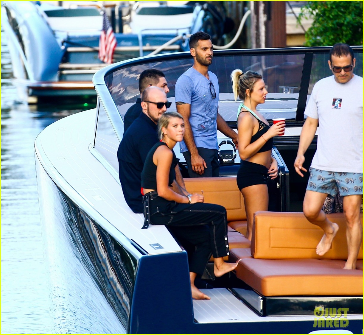scott disick and sofia richie flaunt pda on a boat with friends2 083962988