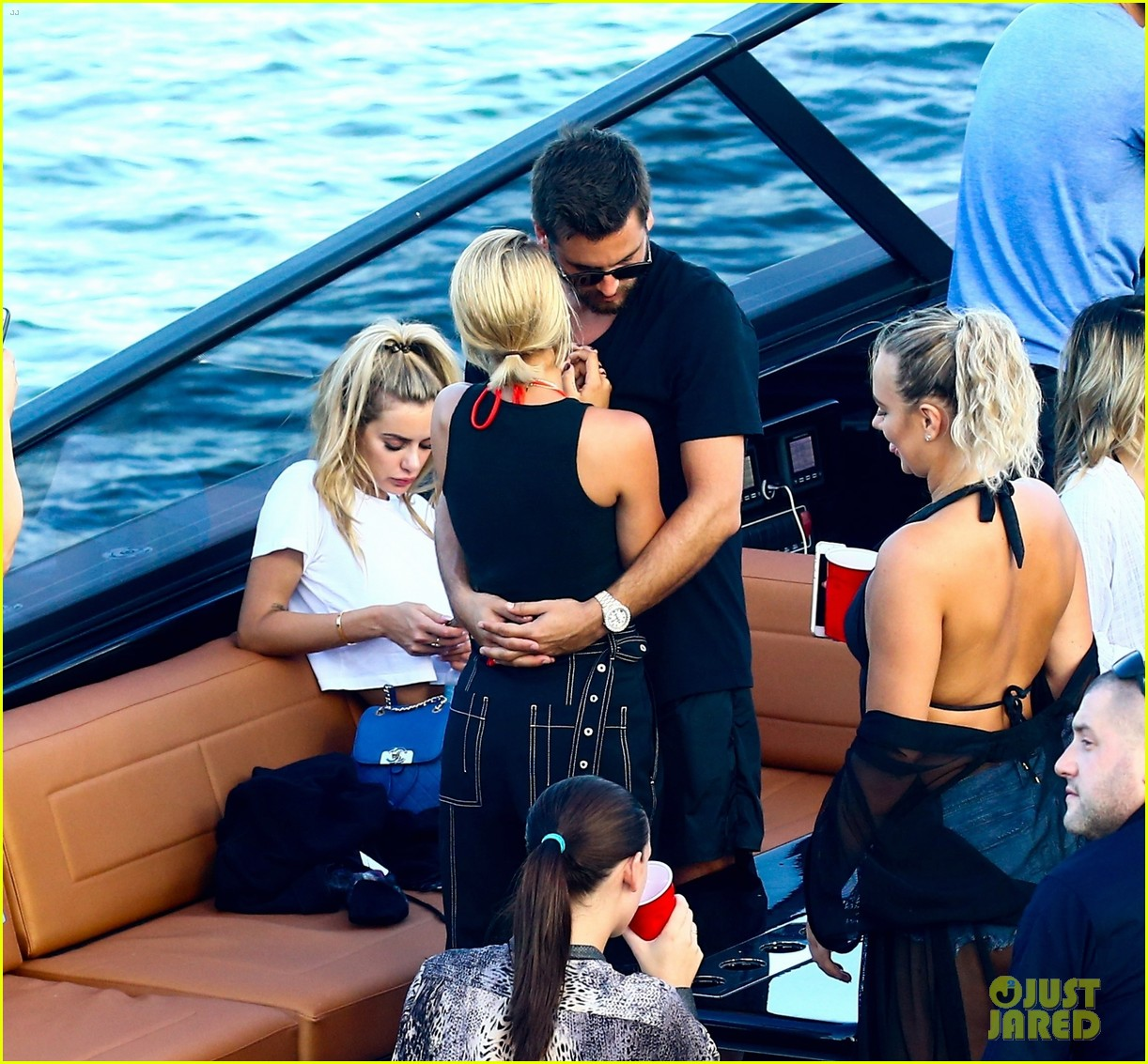 scott disick and sofia richie flaunt pda on a boat with friends2 223963002