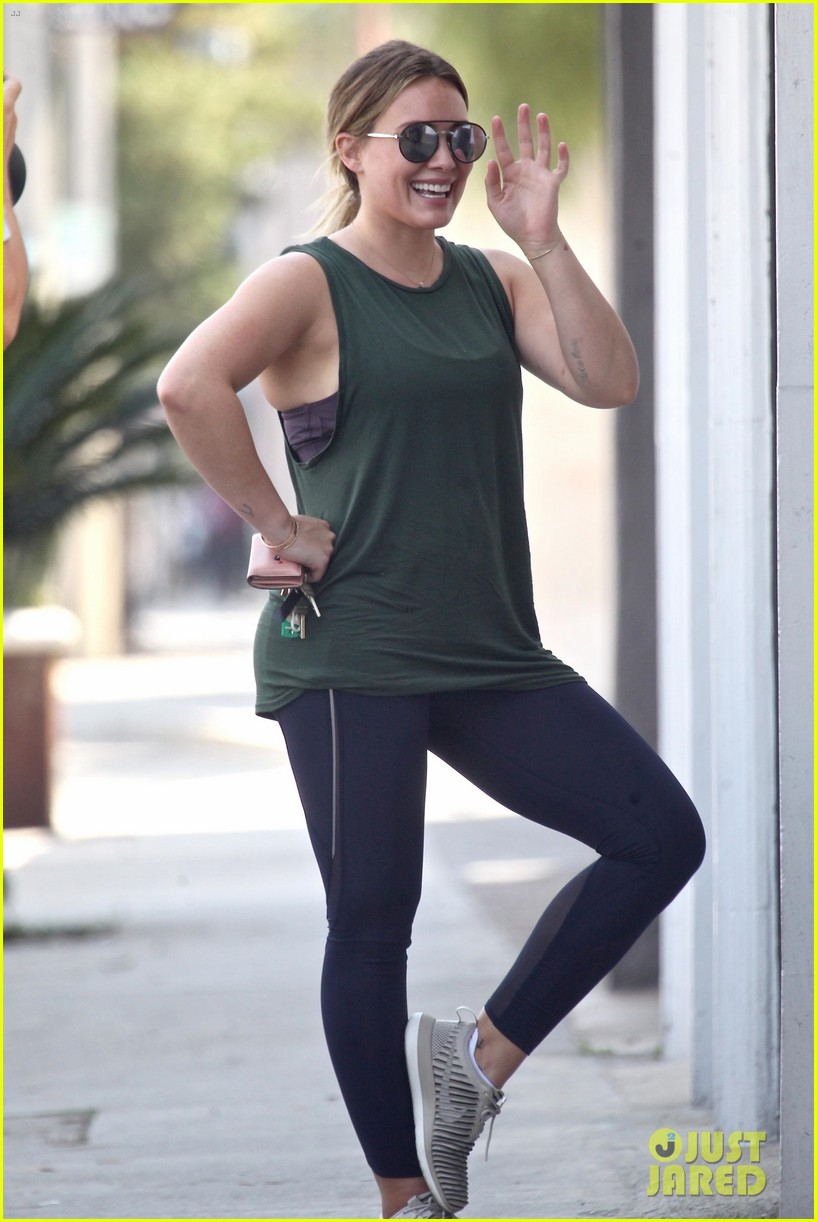 hilary duff climbs for houston with ex boyfriend jason walsh 033949883