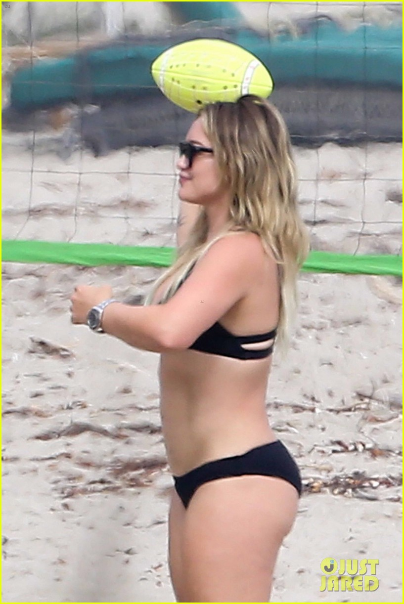 hilary duff bikini labor day 223950342