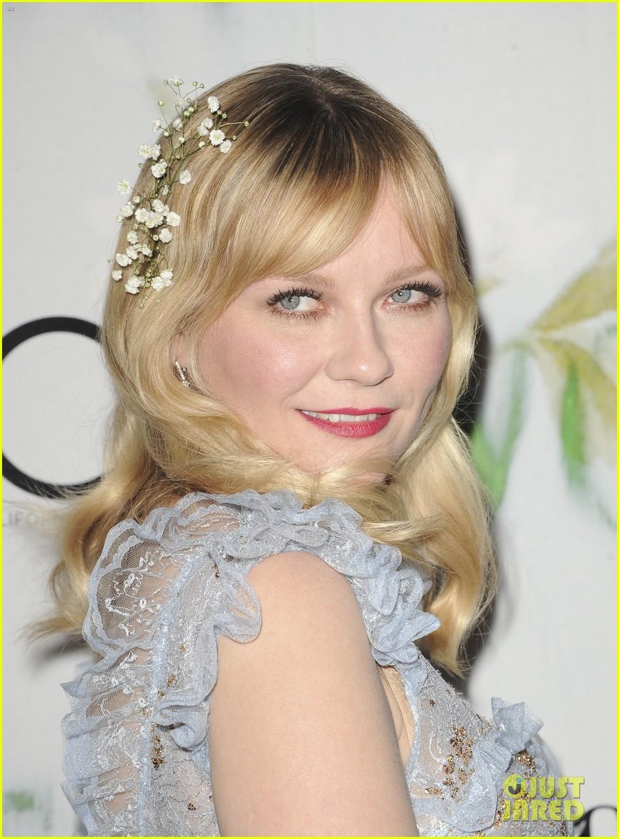 kirsten dunst wears sheer dress with flowers for woodshock la premiere 033960663