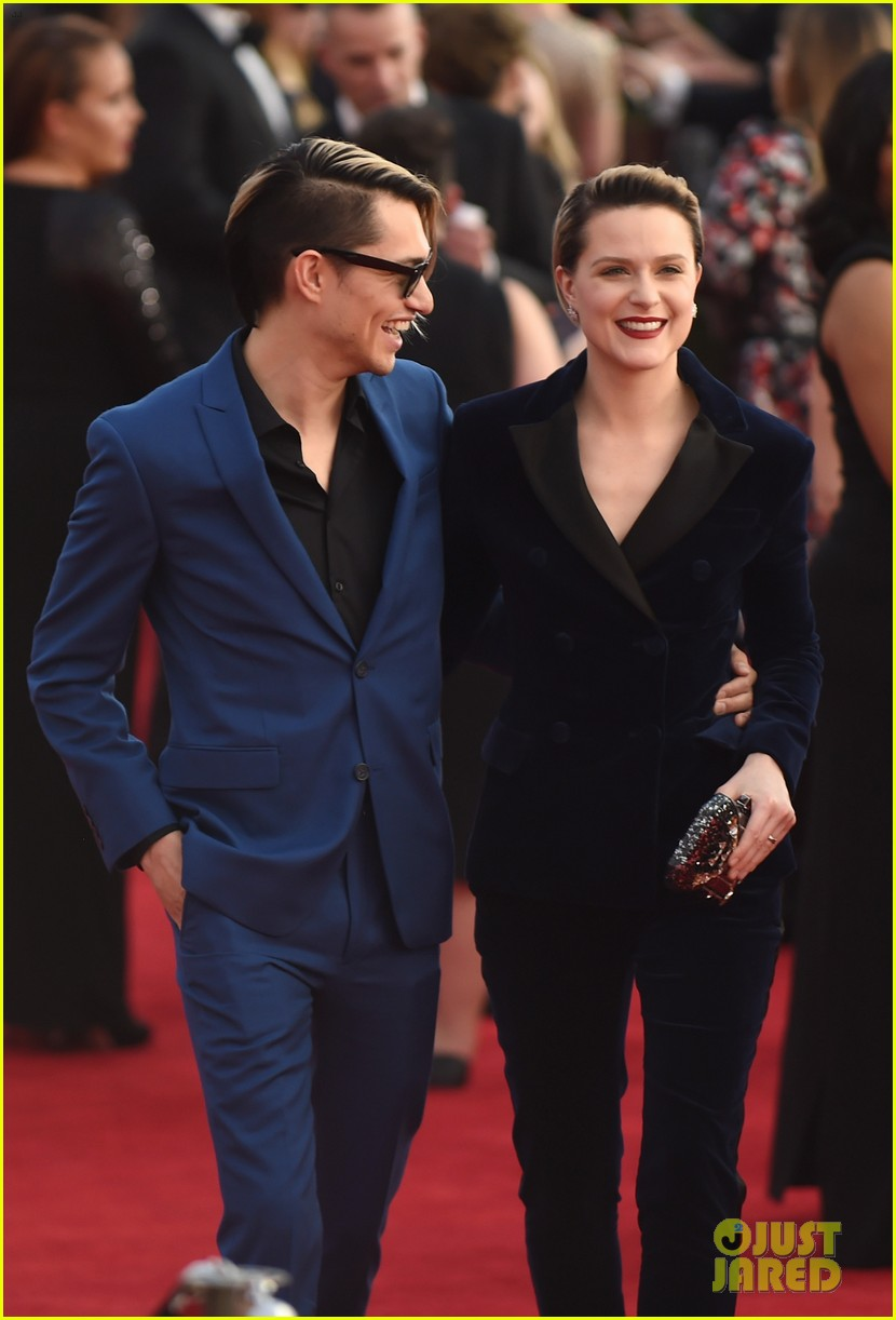 evan rachel wood splits from fiance 013952149
