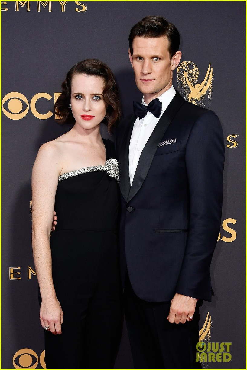 the crowns claire foy matt smtih couple up for emmys 2017 023959203