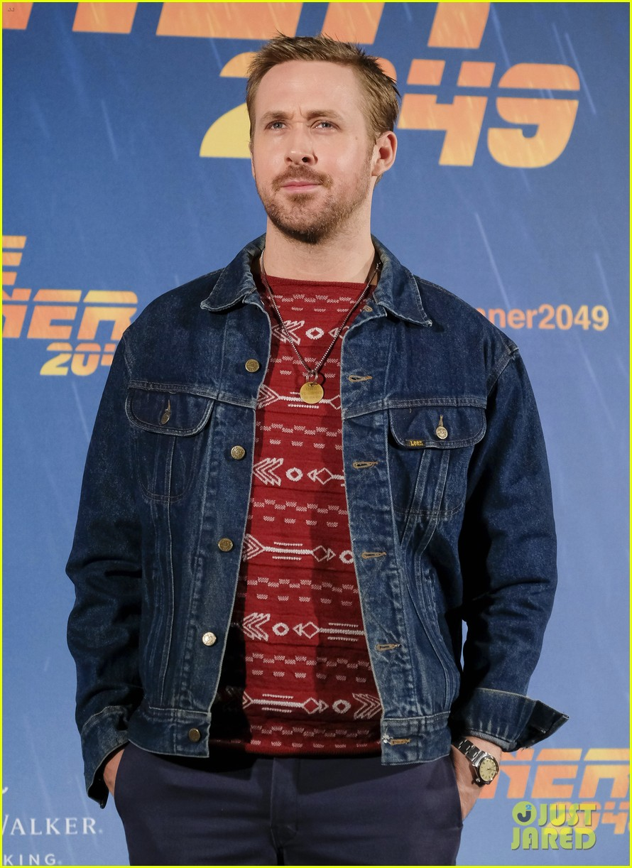 b3e2ba8e7d Ryan Gosling Says  It Was A Privilege  to Get Punched By Harrison Ford on  Blade  Runner 2049