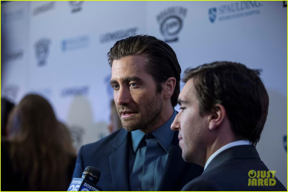 jake gyllenhaal stronger boston premiere 103956203