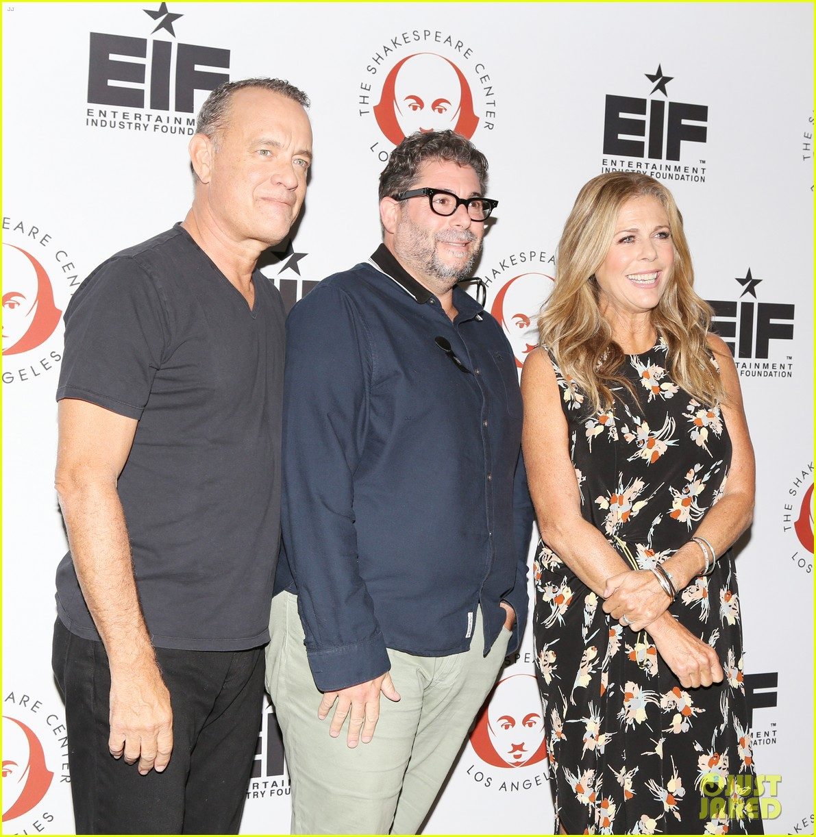 tom hanks wife rita wilson get star support at simply shakespeare benefit 053960869