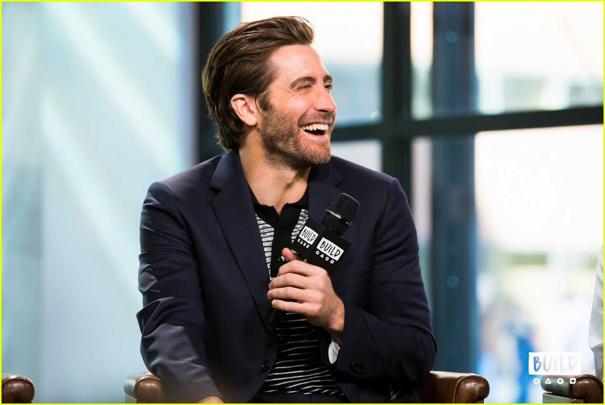 jake gyllenhaal aol build series interview 043957888