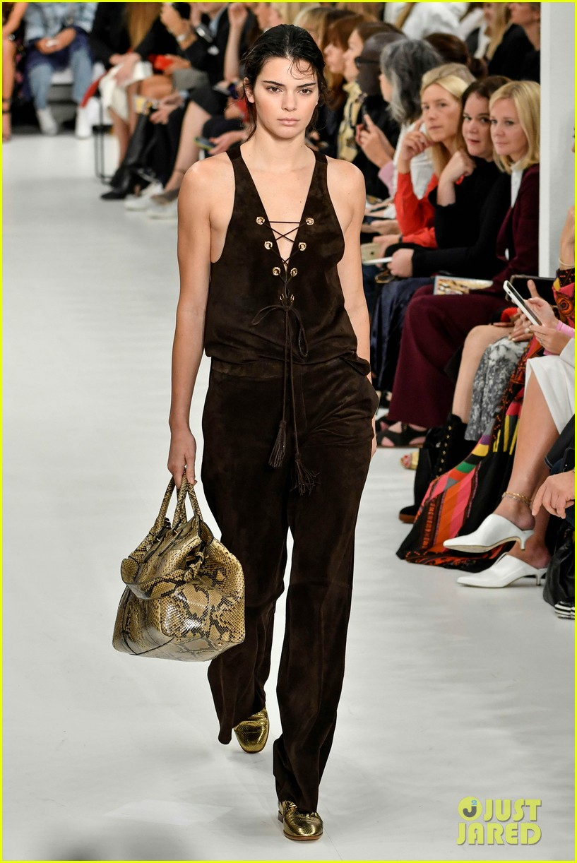 kendall jenner rocks two looks for tods milan fashion week show 013962386