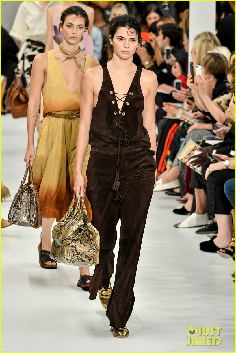 kendall jenner rocks two looks for tods milan fashion week show 023962387