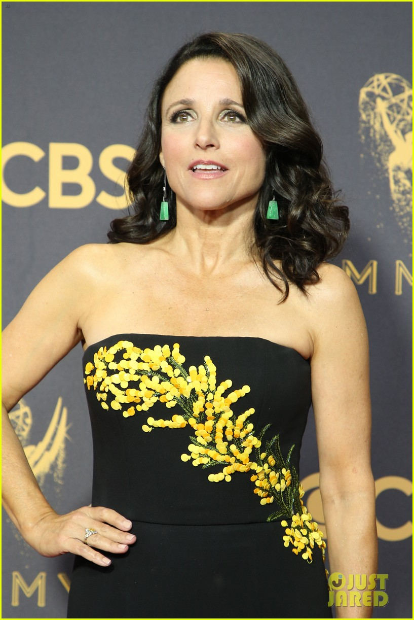 julia louis dreyfus diagnosed breast cancer 053965718