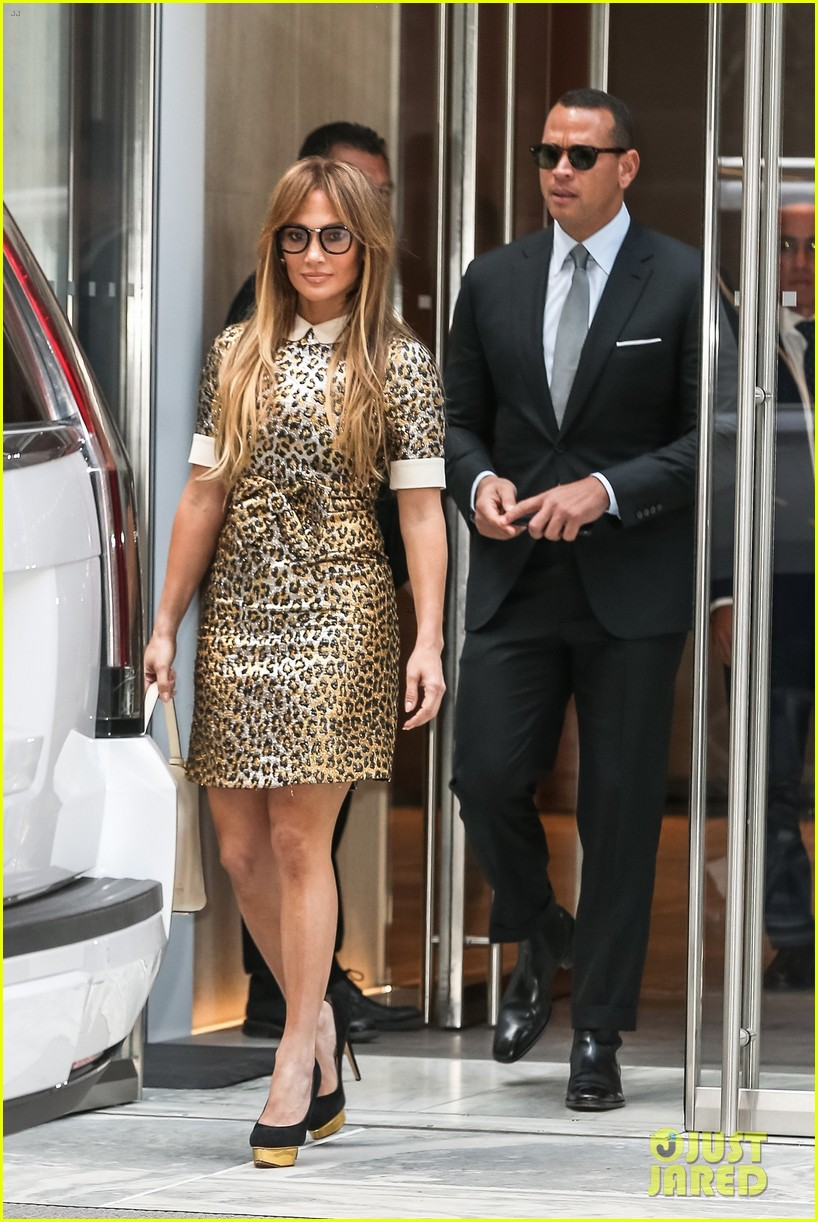 jennifer lopez alex rodriguez out nyc 013949363