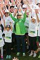 olivia newton john is glowing at onj wellness walk and research run 05