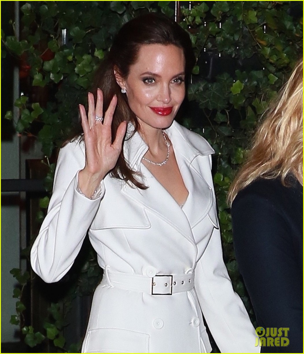 angelina jolies sons maddox pax join her at premiere party 103957471